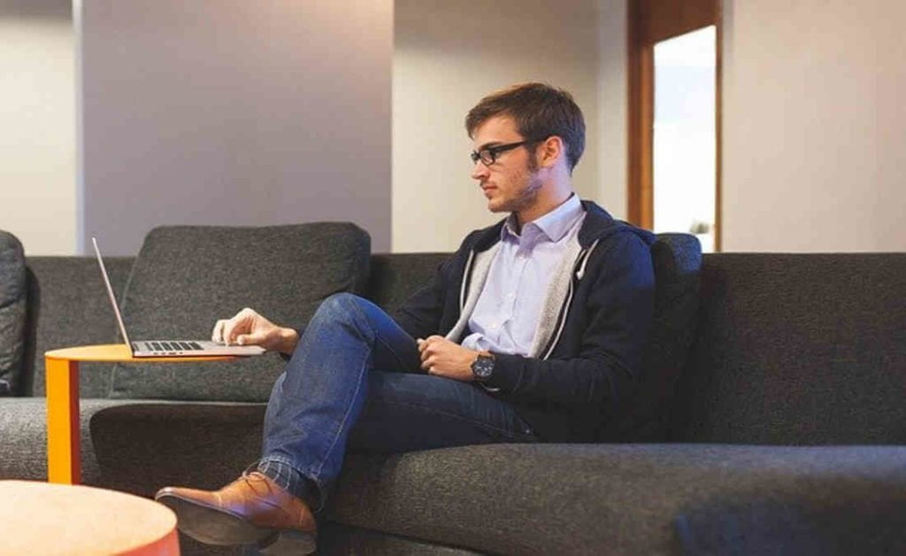 5 Ergonomic and Comfort Tips for Working at Home